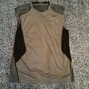 Boy's Nike Pro Combat Dri-Fit Fitted Size M